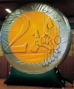 Riesen-Euro