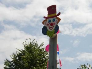 Hau den Lukas als Clown