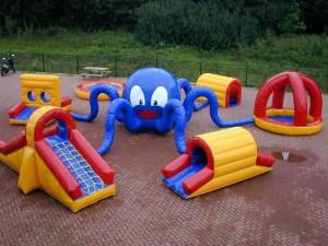 Octopus-Play, Hüpfburg, Rutsche, klettern