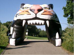 Empfangsbogen Gigant Tiger für Promotion